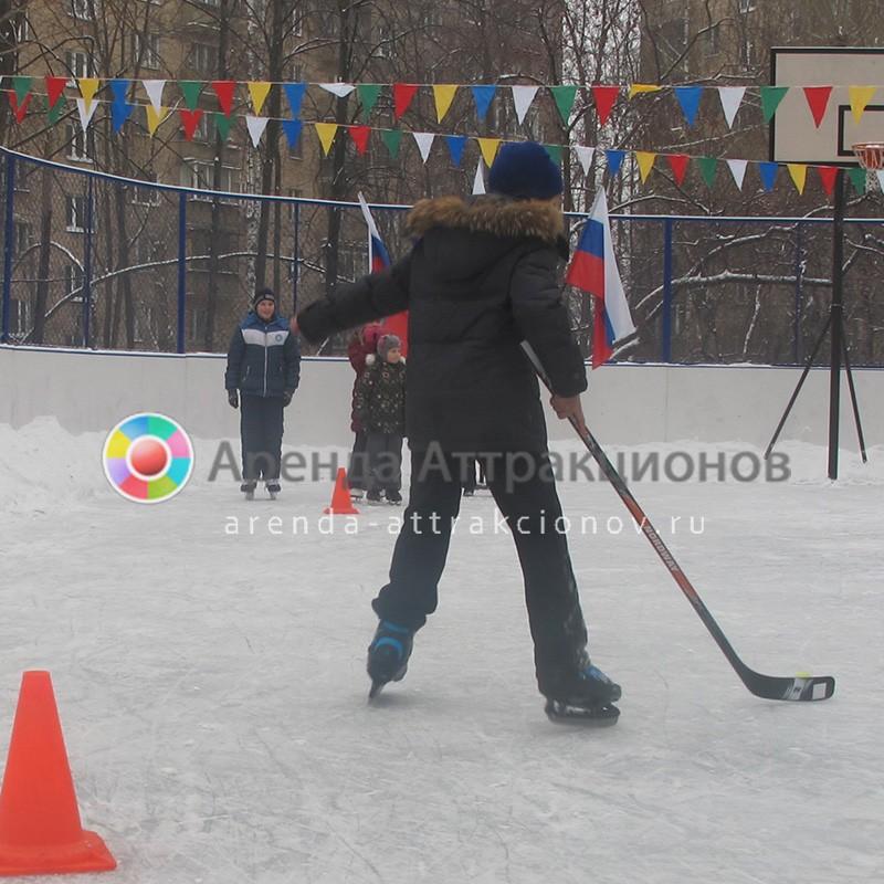 Аренда спортивных хоккейных клюшек на мероприятие