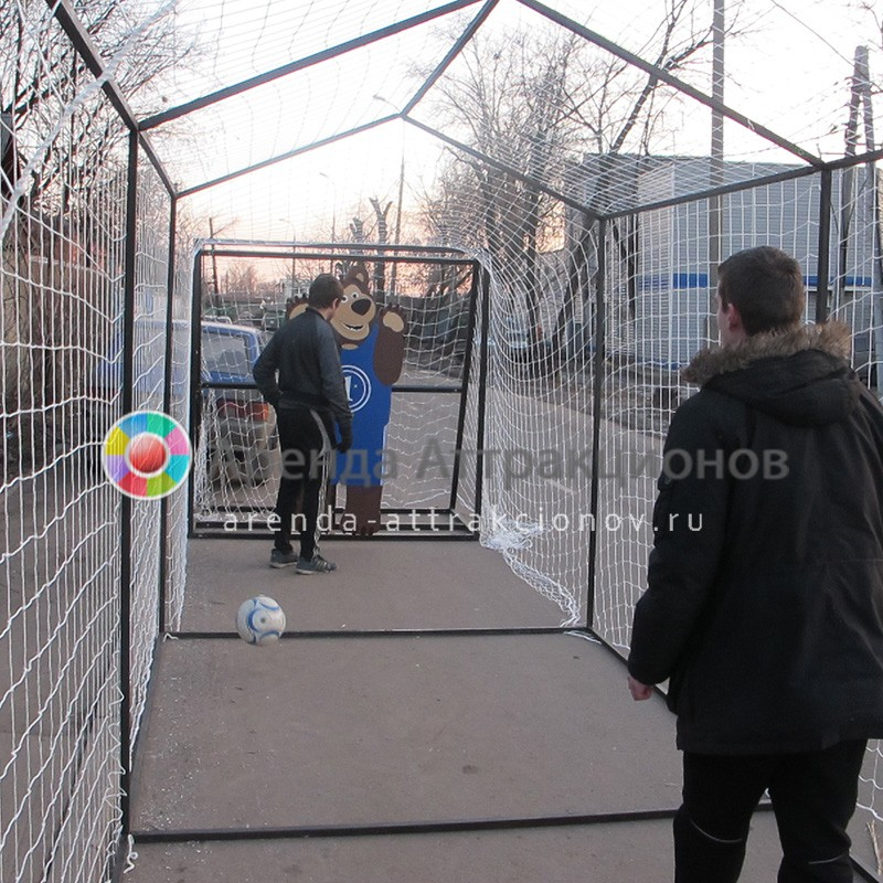 Тематический аттракцион Футбол по-русски в аренду