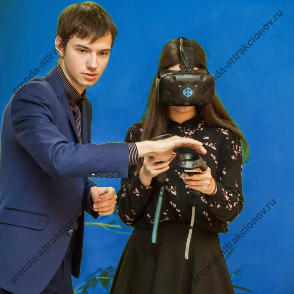 инструктор на мероприятии - аттракцион - VR Hot DJ