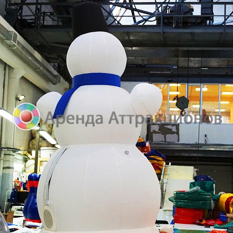Аренда надувной пневмофигуры Снеговик на мероприятие