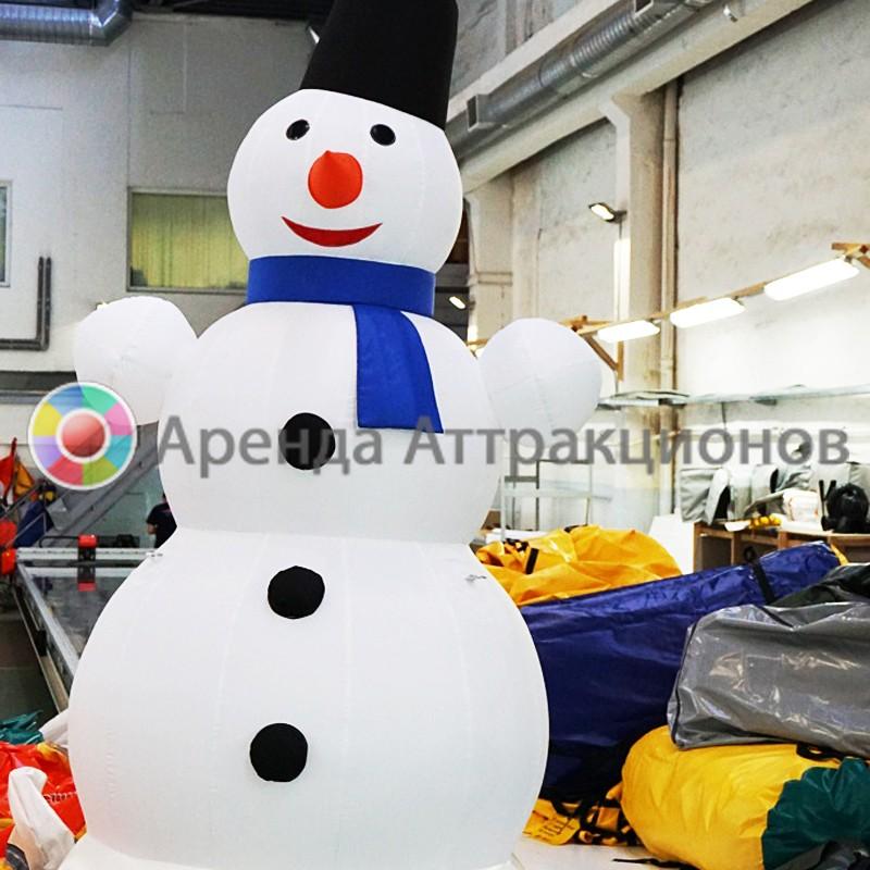 Надувная декорация Снеговик в аренду на мероприятие