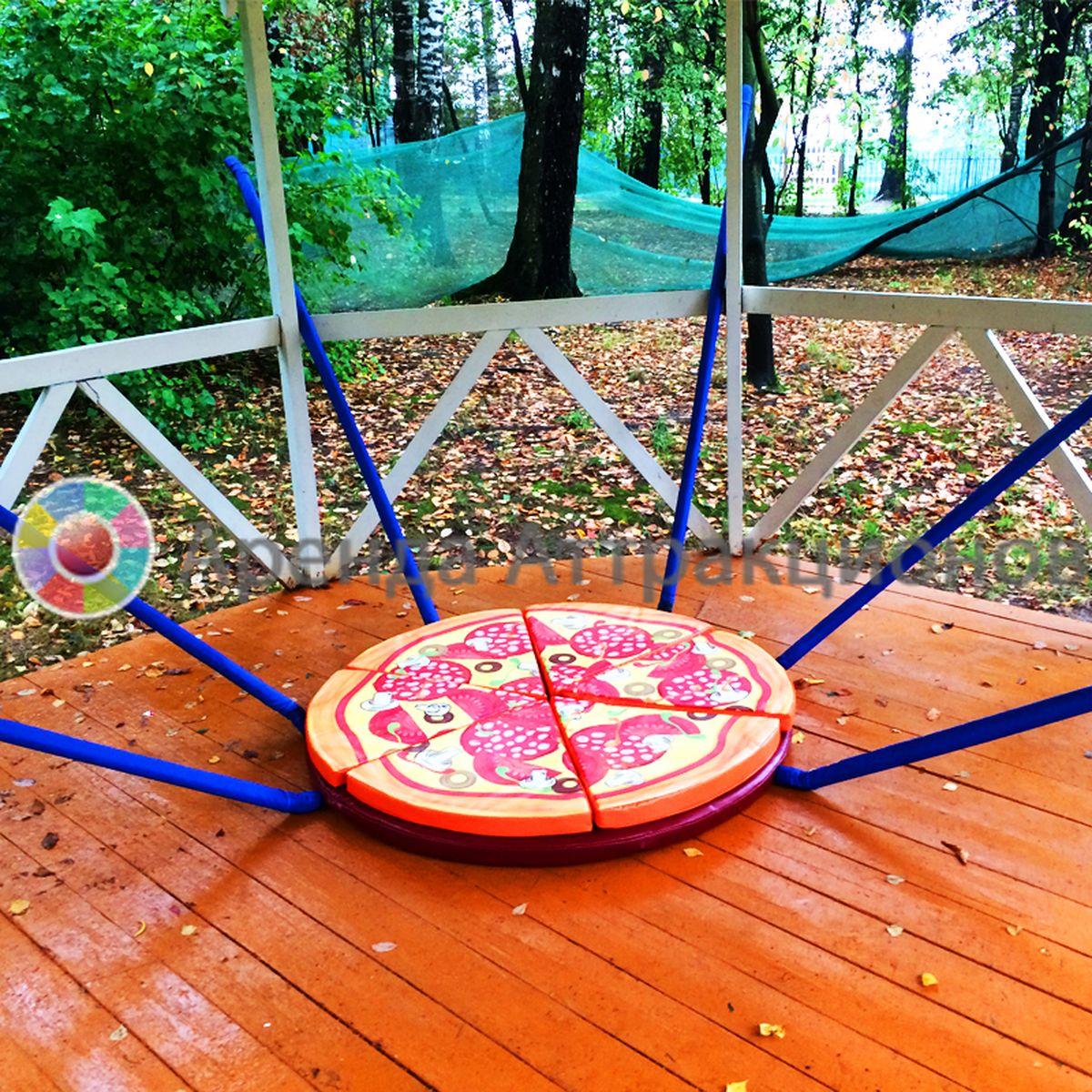 Мягкая пицца, которую нужно доставить.