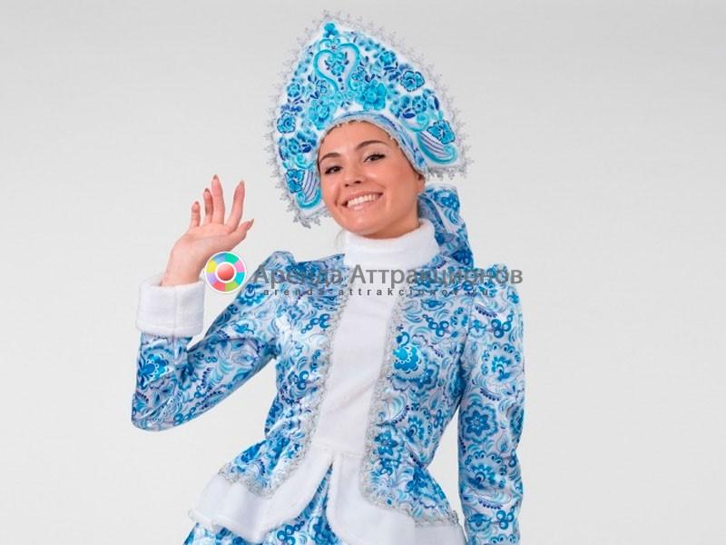 пример, как выглядит аниматор в костюме - трон деда мороза