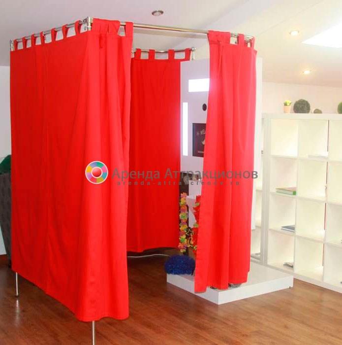 Аренда  фотозоны с красными шторами