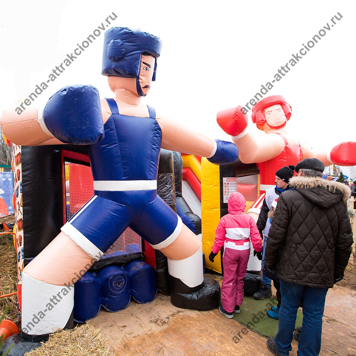 Надувной батут с боксерами