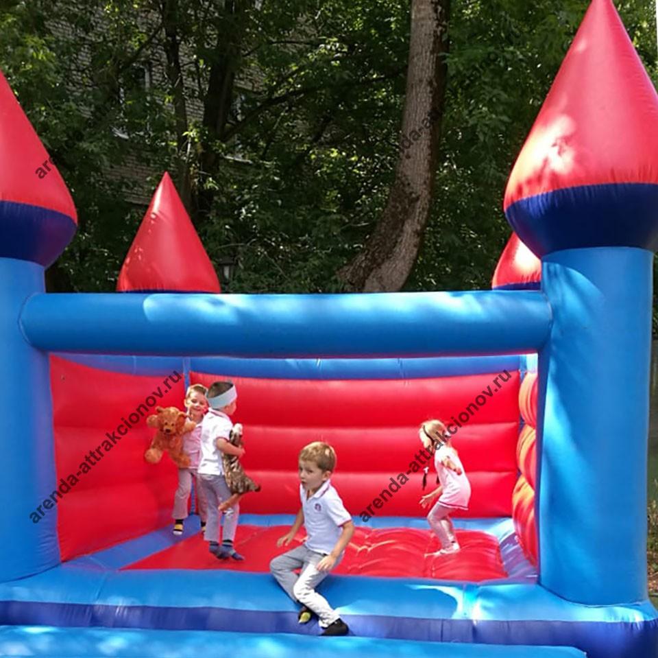 Аренда надувного батута Замок на детский праздник