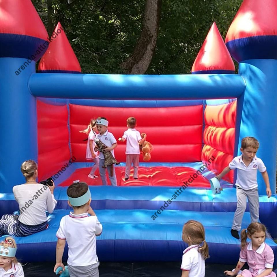 Аренда детского батута Замок на мероприятие