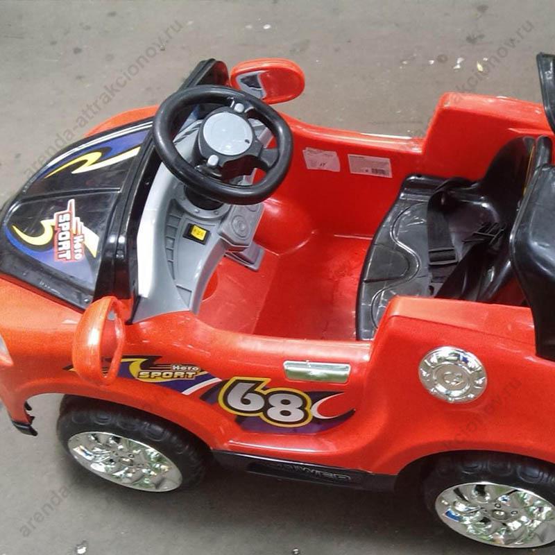 Машинки детские на надувном автодроме