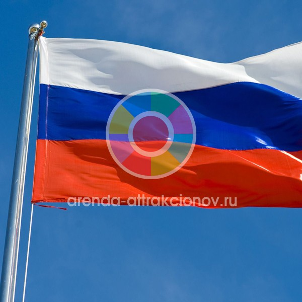 Флаг для флагштока с подъемным механизмом