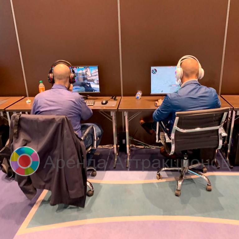 Современный компьютерный клуб в Москве