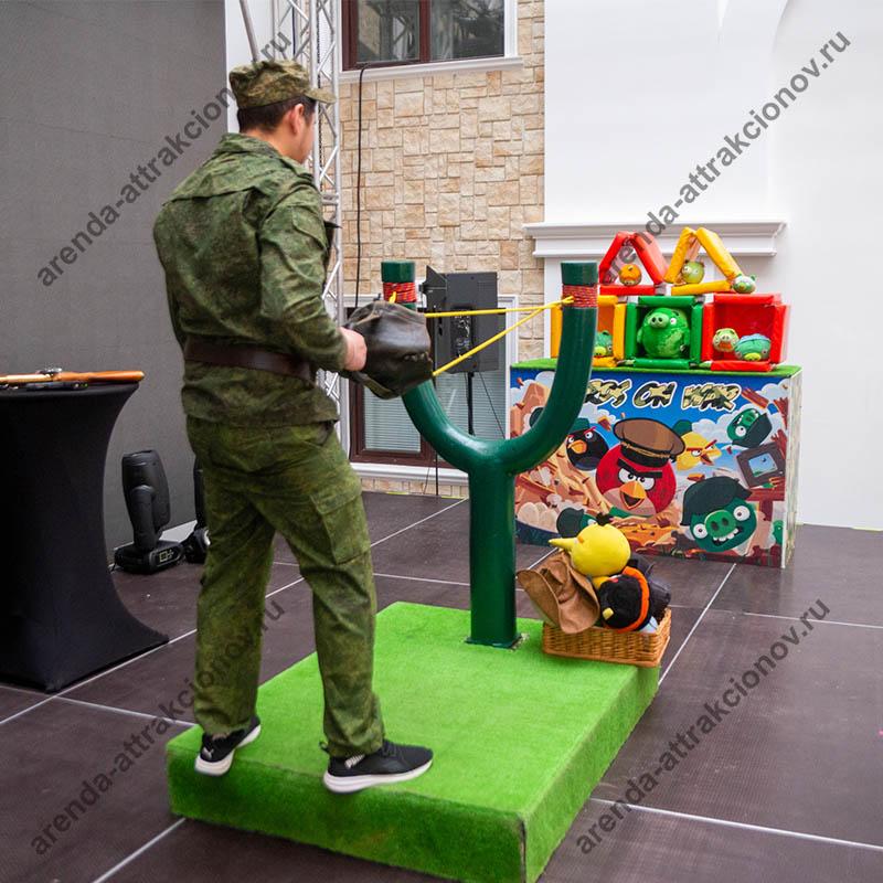 Аренда аттракциона Angry Birds Military