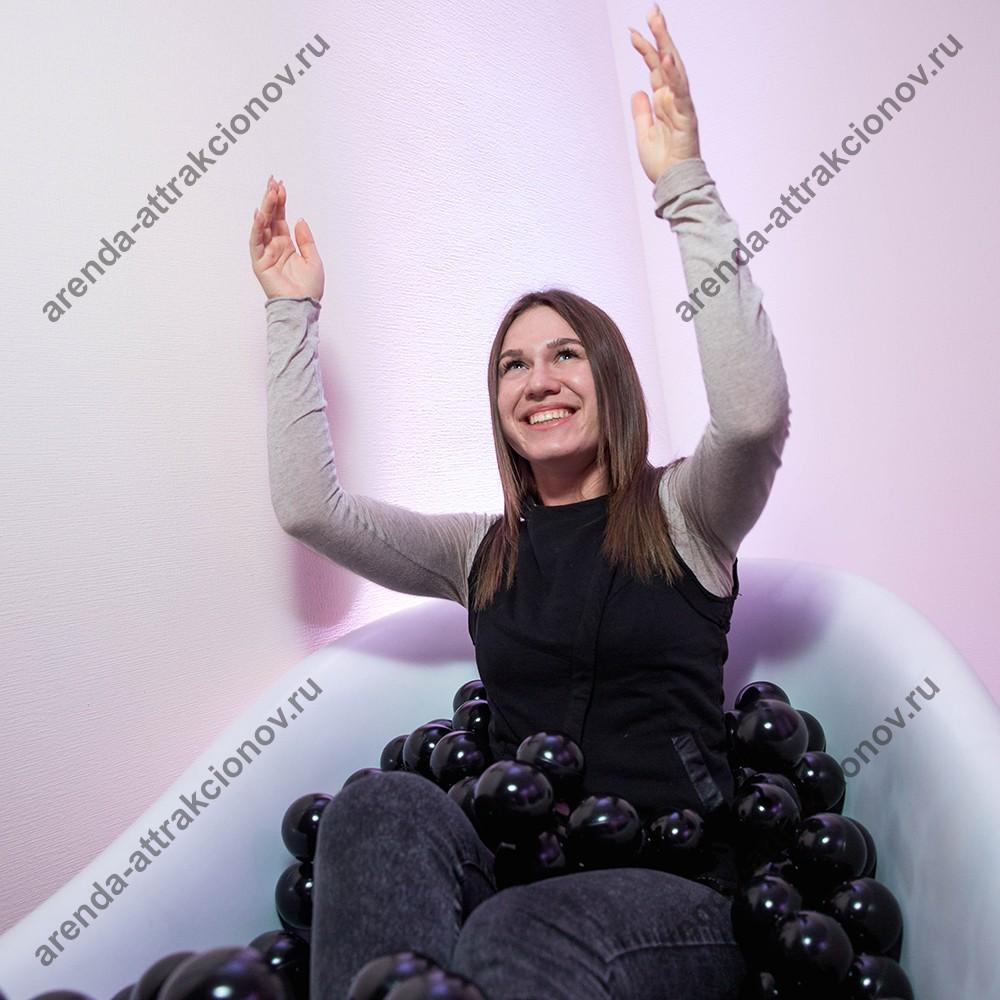 В аренду для мероприятий ванна с шариками